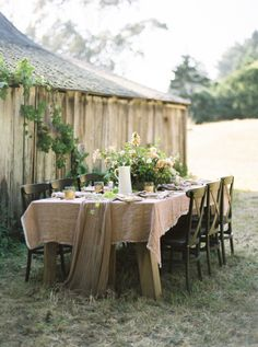 Rustic Wedding Table | photography by http://rachelgomez.com/