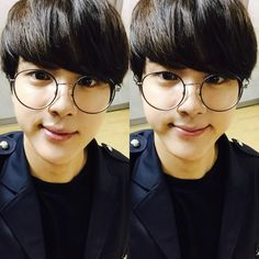 BTS Tweet - Jin (selca) 150714 ---동글동글하진 -- [tran] Round-round Jin  ----  (T/N: Referring to his glasses) ---- So fucking Cute!