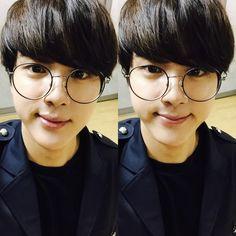 BTS Tweet - Jin (selca) 150714 ---동글동글하진 -- [tran] Round-round Jin  ----  (T/N: Referring to his glasses) ---- So fucking Cute!