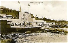 Abandoned Ireland - Victorian baths beside Dublin bay Old Pictures, Old Photos, Dublin Bay, Victorian Bath, Photo Engraving, Ireland Homes, Old Postcards, Places Ive Been, Paris Skyline