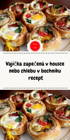 Vajíčka zapečená v housce nebo chlebu v bochníku recept Czech Recipes, Ethnic Recipes, Bruschetta, Baked Potato, Hamburger, Sausage, Toast, Food And Drink, Appetizers