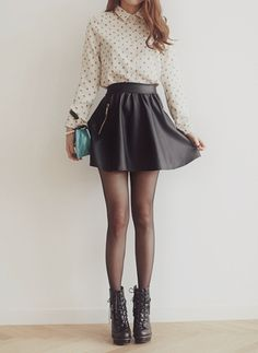Love the skirt, the fabric looks so different from anything I have