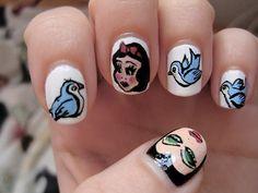 ahhh snow white is my favoriteee :)