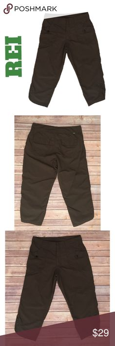 "REI UPF 50+ Crop S Capri Hiking Walking Brown REI UPF 50+ Crop Capri Walking Hiking Athletic Brown Pant Nylon Small   ▫️Perfect for a hike in the woods or with a casual top around the house  Light weight fabric   ▫️Zip, snap & drawstring closure   ▫️2 snaps at the bottom side leg openings- more for decoration, but could be functional   ▫️Waist flat: 15.5""  ▫️Inseam:  22""  ▫️Rise: 10""  ▫️No stains, holes or visible wear  🛍For the best deal, I offer a bundle discount! Please check out my…"