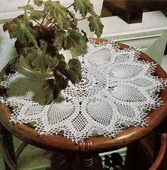 Crochet Art: Crochet Pattern of Gorgeous Doily - Pineapple Crochet Lace Free Crochet Doily Patterns, Crochet Art, Crochet Home, Thread Crochet, Free Pattern, Crochet Coaster, Irish Crochet, Lace Doilies, Crochet Doilies