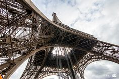When you visit Paris, you MUST visit the Eiffel Tower - here a complete guide on visiting and heading up the iconic building. Top Europe Destinations, Travel Europe Cheap, Travel Through Europe, Europe Travel Guide, Backpacking Europe, Paris Eiffel Tower, Tour Eiffel, Mortal Engines, Louvre Paris