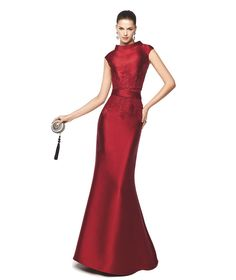 Vestido de fiesta de noche mangas cortas Modelo Naira - Pronovias 2015