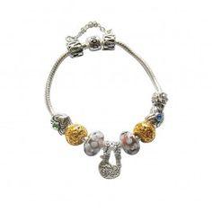 -Marque: Pandora -Genre: Femme -Matière: Divers -Style: Glamour         67,99 €  http://www.pariprix.com/pandora-cadeaux/glass-beads-and-silver-charms-colorful-diy-bracelet-pandora-cadeau-extraordinaire.html