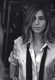 Something very seductive/sexy about women in shirts - Sophia Cappola by Peter Lindbergh
