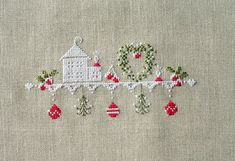 counted cross stitch kits for beginners Just Cross Stitch, Cross Stitch Needles, Counted Cross Stitch Patterns, Cross Stitch Designs, Cross Stitch Embroidery, Hand Embroidery, Cross Stitch Christmas Ornaments, Christmas Embroidery, Christmas Cross