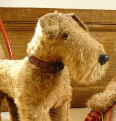 VINTAGE LINES BROTHERS PUSH ALONG DOG Old Triang DogToy on Wheels FOX TERRIER?