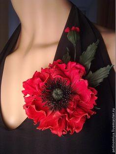 Цветы из кожи.- LEATHER http://www.livemaster.ru/item/6137169-ukrasheniya-tsvety-iz-kozhi-brosh-iz-kozhi-te