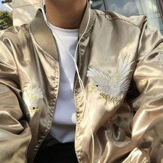 Bomber jacket Japan || Follow @filetlondon for more street style #filetlondon