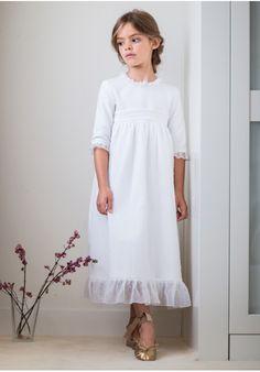 e951a1f005 Vestido de comunión blanco pique +organza de plumetti