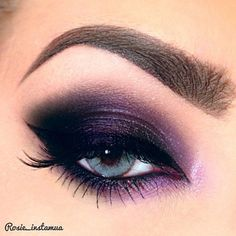 Purple Eye by in Motives Gel Eyeliner and Eyeshadows(Fantasy & E. - hair and make up - Eye Makeup Gorgeous Makeup, Pretty Makeup, Love Makeup, Makeup Inspo, Makeup Inspiration, Makeup Tips, Makeup Ideas, Makeup Designs, Makeup Tutorials