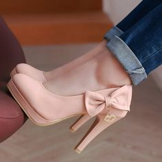 Pastel pumps with cute bow 👠🎀 High Heels, Shoes Heels, Pumps, Cute Bows, Fashion Accessories, Pink, Shopping, Pastel, Clock