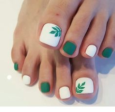 toe nail art designs, toe nail art summer, summer beach toe nails in 2020 Pretty Toe Nails, Cute Toe Nails, Toe Nail Art, My Nails, Matte Nails, Cute Toes, Pretty Toes, Long Nails, Beach Toe Nails