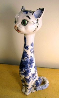 Mid Century Modern Cat Figurine, terracotta, delft blue, made in Italy.