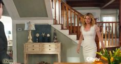 I love how they decorated the inside of emily's house on revenge
