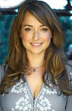 Beautiful women faces Milana Vayntrub Do It Yourself Landscape Design - Where To Begin There's an ol World Most Beautiful Woman, Beautiful Eyes, Gorgeous Women, Beautiful People, Beautiful Females, Simply Beautiful, Beautiful Female Celebrities, Beautiful Actresses, Actrices Hollywood