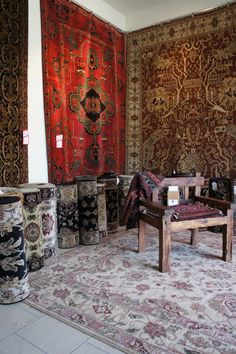 Heirlooms Fine Oriental Rugs   #Persianrug #PersianCarpet #persianrugsinfo #ruglovers