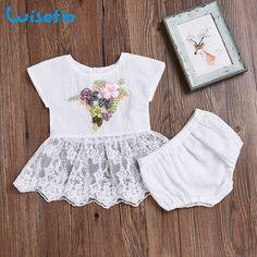 Wisefin bordado bebé ropa conjunto de flores artificiales vestido de encaje conjunto  recién nacido ropa de 038c7d5dd511