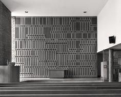 First Christian Church, Columbus IN (1942)   Eliel Saarinen, interior details by son Eero Saarinen and Charles Eames