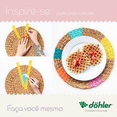 O porta prato colorido é uma maneira de extrema facilidade para trazer um toque de cor na decoração de casa. Perfeito para os almoços em família! #diy