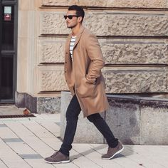 #coat #jeans #sweatshirt #sunglasses #camel #white #stripes #grey #sunglasses #streetstyle #style #menstyle #manstyle #menswear #fashion #mensfashion #sandroisfree
