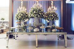 Mesa luxuosa de casamento   Mesa de doces   Wedding Table   Inesquecível Casamento   Casamento   Wedding   White Wedding   Casamento Branco   Decoração   Decoração de Casamento   Decor   Decoration   Wedding Decor   Wedding