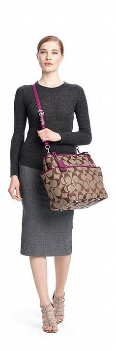 Perfect for clincals Coach Purses Outlet, Cheap Coach Bags, Handbag Stores, Baby Bags, Diaper Bags, Fashion Bags, Fashion Trends, Womens Purses, Coach Handbags