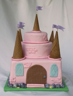 {An Easy} Pink Princess Castle Cake - just in case. Fairy Castle Cake, Castle Birthday Cakes, Pink Castle, Birthday Cake Girls, Princess Birthday, Princess Party, Birthday Crowns, Easy Princess Cake, Princess Castle