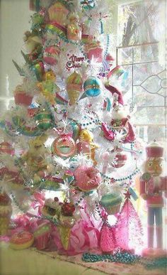 christmas tree themes pink christmas xmas decorations vintage christmas - Candyland Christmas Decorations