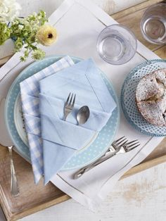 Servietten falten Bestecktasche - ein Allroundtalent