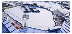 12th Man fills Avista Stadium for photo shoot   Sports  - KXLY.com