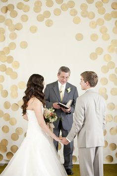 gold dot ceremony backdrop.. | Genevieve Renee Photographie #wedding.. change to a music theme?