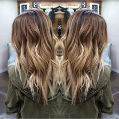 Look gorgeous during the festival season in a stylish blonde balayage hairdo. Go through our trendsetting balayage hairstyles of 2018 for more ideas. Blonde Balayage Highlights, Hair Color Balayage, Bayalage, Balayage Ombre, Baylage Blonde, Balyage Hair, Caramel Highlights, Brown Balayage, Balayage Hair Tutorial