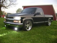 How about some pics of Trucks - Page 71 - The 1947 - Present Chevrolet & GMC Truck Message Board Network Dropped Trucks, Lowered Trucks, Lifted Chevy Trucks, Gm Trucks, Chevrolet Trucks, Pickup Trucks, S10 Truck, Lowrider Trucks, 1993 Chevy Silverado
