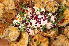 Crisp eggplant with sweet-spiced yoghurt and pomegranate Egg Recipes, Indian Food Recipes, Vegetarian Recipes, Cooking Recipes, Ethnic Recipes, Vegetarian Cooking, Recipies, Meals To Make With Mince, Food To Make