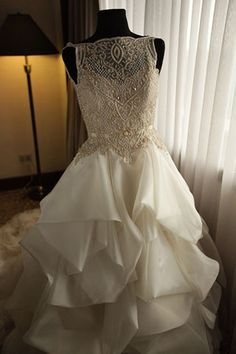 Gown made by Veluz Reyes showing a pretty bateau neckline---Modern Philippine Wedding Modern Filipiniana Gown, Filipiniana Wedding, Lacey Wedding Dress, Wedding Gowns, Dream Wedding, Wedding Dreams, Special Dresses, Plus Size Wedding, Bridal Style