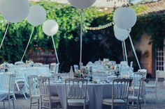 Balloon wedding reception   Image by We Are In Love Paris