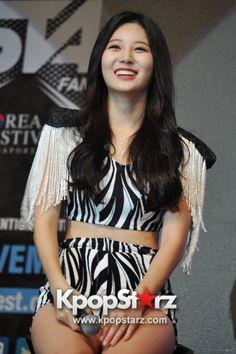 Yura - Girl's Day At KStar FanFest In Singapore