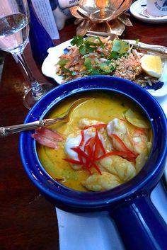 Blue Elephant 75011 - les élégantes de Manora : crevettes dans un curry jaune doux et piquant