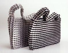 Como hacer carteras o bolsos reciclados con chapas abre lata : VCTRY's BLOG