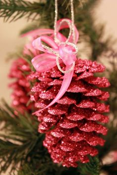 pink sparkle pinecone ornament  #LillyHoliday