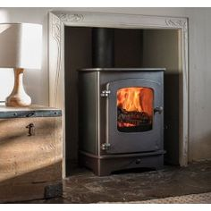 Charnwood Cove 1 with Low Arch Stand Multi Fuel Burner, Solid Fuel Stove, Union Jack Decor, Small Stove, Ultra Modern Homes, Electric Stove, Log Burner, Gas Stove, Industrial