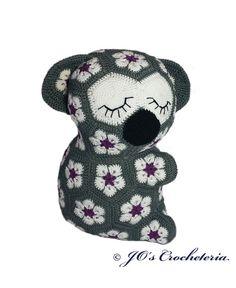 Hey, diesen tollen Etsy-Artikel fand ich bei https://www.etsy.com/de/listing/265222381/lily-the-african-flower-koala-crochet