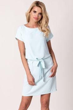 4076ef648b AVARO Elegancka sukienka z wiązanym paskiem SU-1415