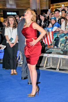 """dailyactress: """"Scarlett Johansson - 'Captain America The Winter Soldier' UK film premiere at Westfield in London - March 2014 """" Scarlett Johansson squeezing out more sexiness in a red satin dress and leopard print Louboutin high heels Scarlett Johansson, Beautiful Celebrities, Beautiful Actresses, Norma Jeane, Celebrity Beauty, Gal Gadot, Satin Dresses, American Actress, Black Widow"""