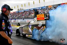 """""""Fast"""" Jack Beckman and team don't make the show. The Infinite Heros, Sandvik Nitro Funny Car had to many problems to qualify for the Opening race of 2015."""